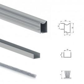 Sistema a scorrimento inferiore per armadio 2 ante di spessore 18 mm, con chiusura soft e profili in alluminio