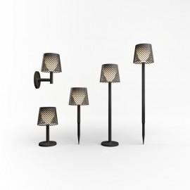 Lampada LED Solare Per Esterni Da Terra 5 Configurazioni Luce Calda Nera