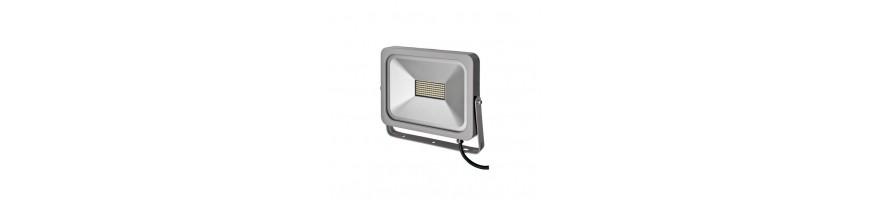 Fari e lampade a LED - Lovebrico.com